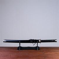 Сувенирное оружие «Катана на подставке», чёрные ножны под змеиную кожу