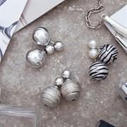 Серьги 3 пары  Диорис  с узором, цвет чёрно-белый в серебре