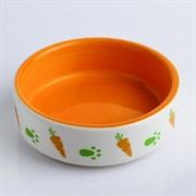 Миска керамическая для грызунов двухцветная с морковками, 80мл, 8,8х8,8х3 см, оранжево-белая