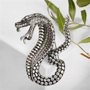 Брошь  Змея  кобра, цвет белый в чернёном серебре